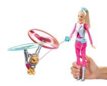 Barbie baba és a lebegő cicus